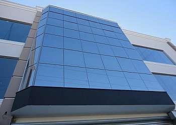 Pele de vidro fachada preço