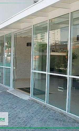 Porta de alumínio com vidro
