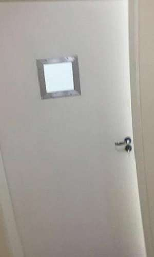 Porta para sala de raio X